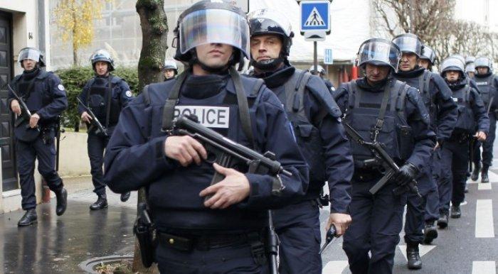 κοσοβαρική αστυνομία