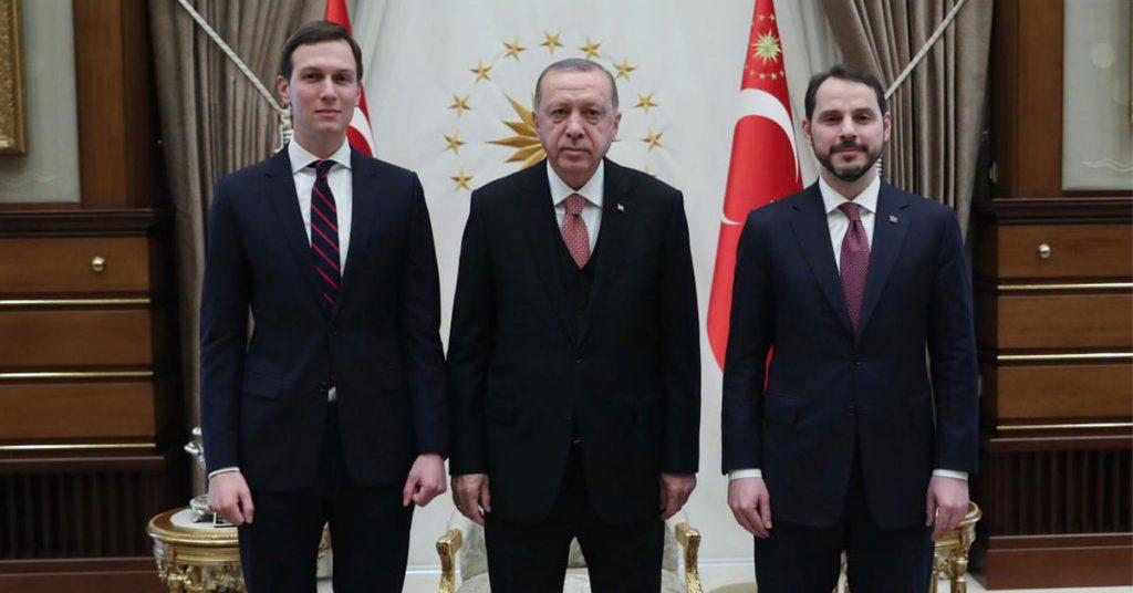 Το τουρκικό οικονομικό «αλαλούμ» με τον Αλμπαϊράκ εγκυμονεί αστάθεια και νέες προκλήσεις
