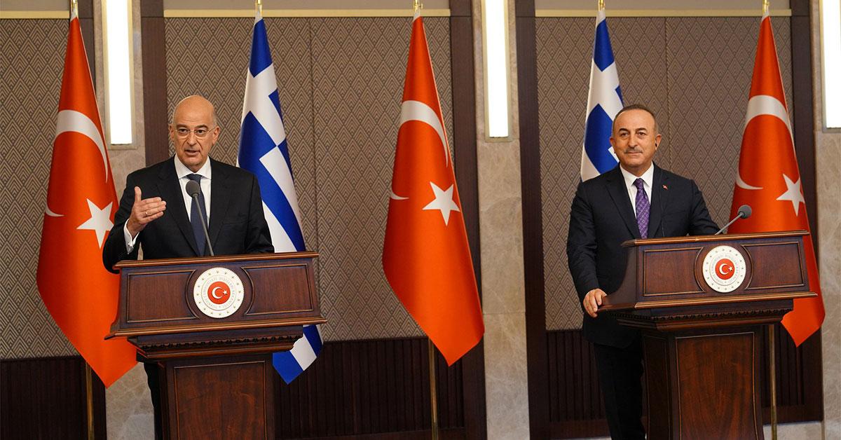"""Δένδιας με Ερντογάν-Τσαβούσογλου: Το """"σόου"""" εξωραϊσμού της Τουρκίας που εκτροχιάστηκε"""