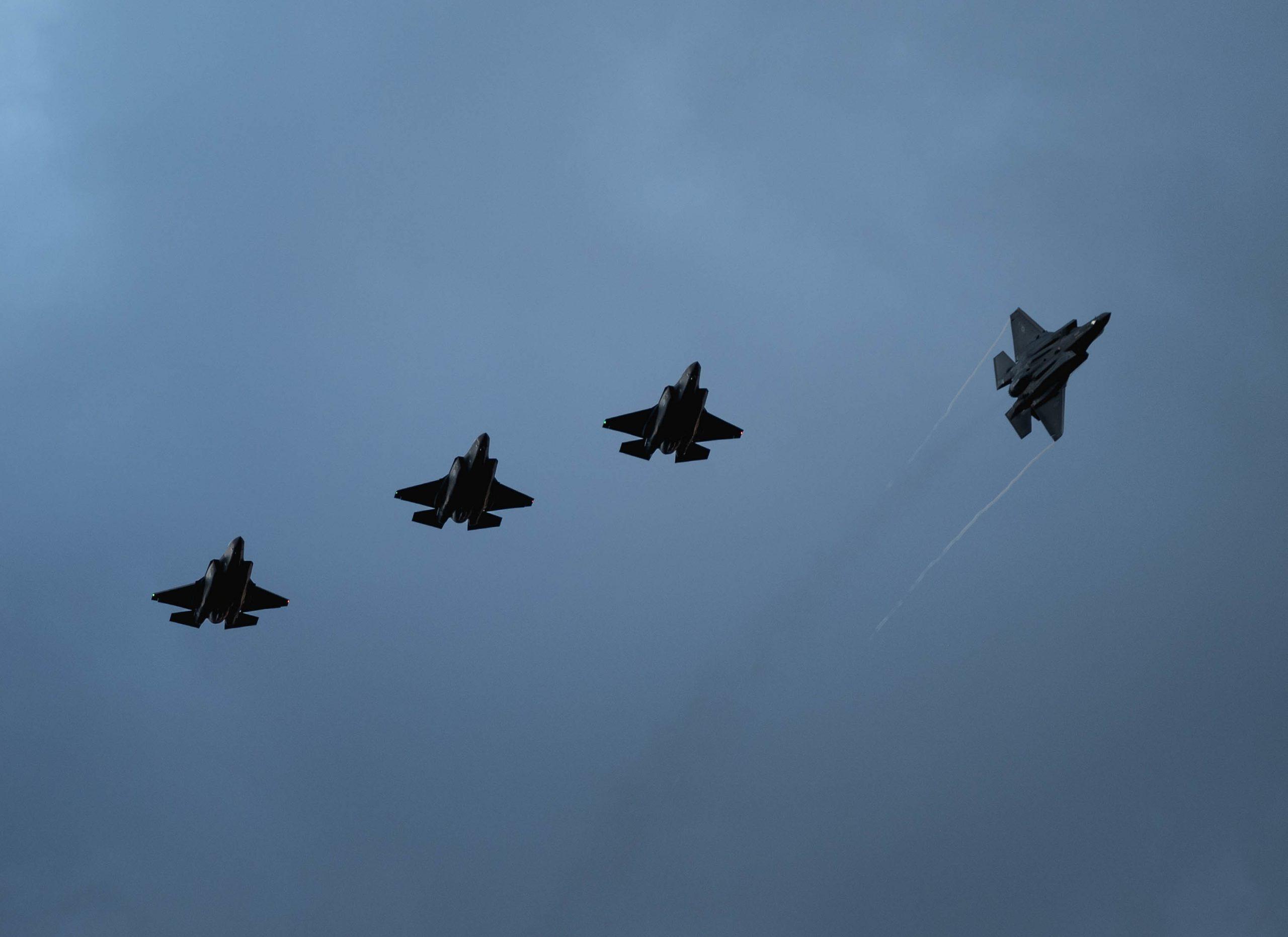 Σκιές πάνω από τα F-35 – Γκρίνια για το κόστος τους – Πίστη στη δύναμή τους