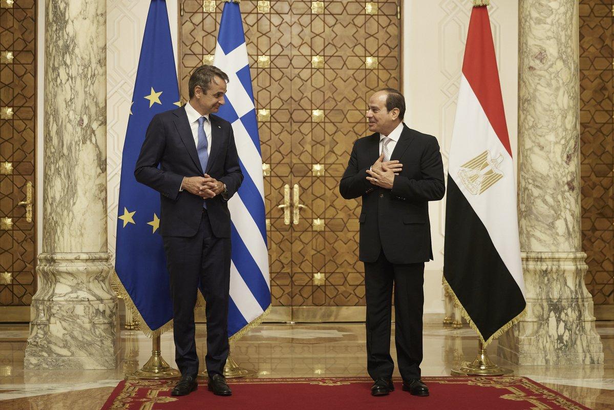 «Απόλυτη ευθυγράμμιση» με την Αίγυπτο στη σκιά των τουρκικών αντιφάσεων